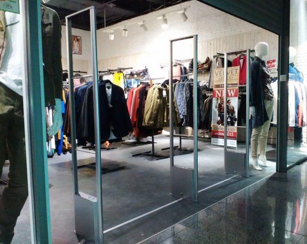 Радиочастотный антивор в магазине одежды